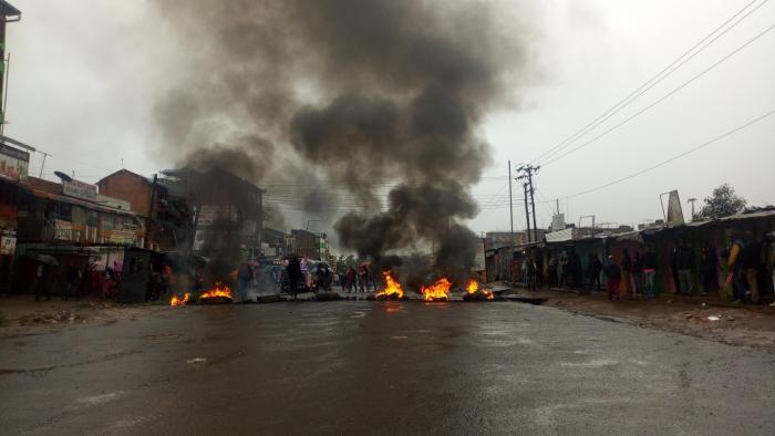 Bonfires lit on a section of the Kasarani-Mwiki road on Wednesday, January 15