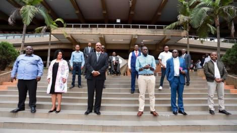 Nairobi Metropolitan Services Director General, Mohammed Badi (third left) poses for a photo with Nairobi leaders on Thursday, March 26, 2020.