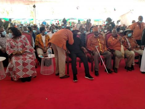 Gikuyu elders and eminent persons visit ODM leader Raila Odinga at his home in Bondo on Saturday, October 10