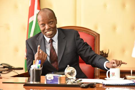 A photo of Nakuru Governor Lee Kinyanjui speaking to journalists his office on November 6, 2019.