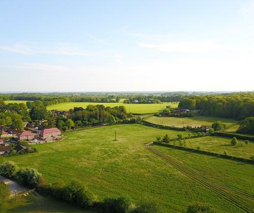 Gallowstree Common – Around the Village