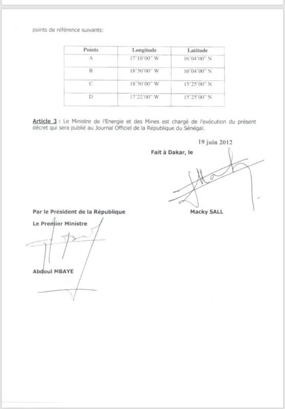 contrat de pétrole 4 209x300 Feuilleton du Pétrole au Sénégal: un document vient allonger la liste des ....