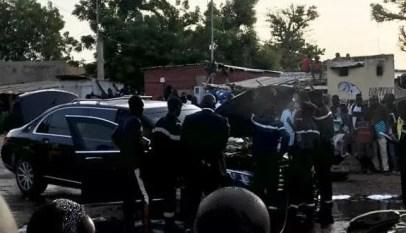 limousine présidentielle prend feu