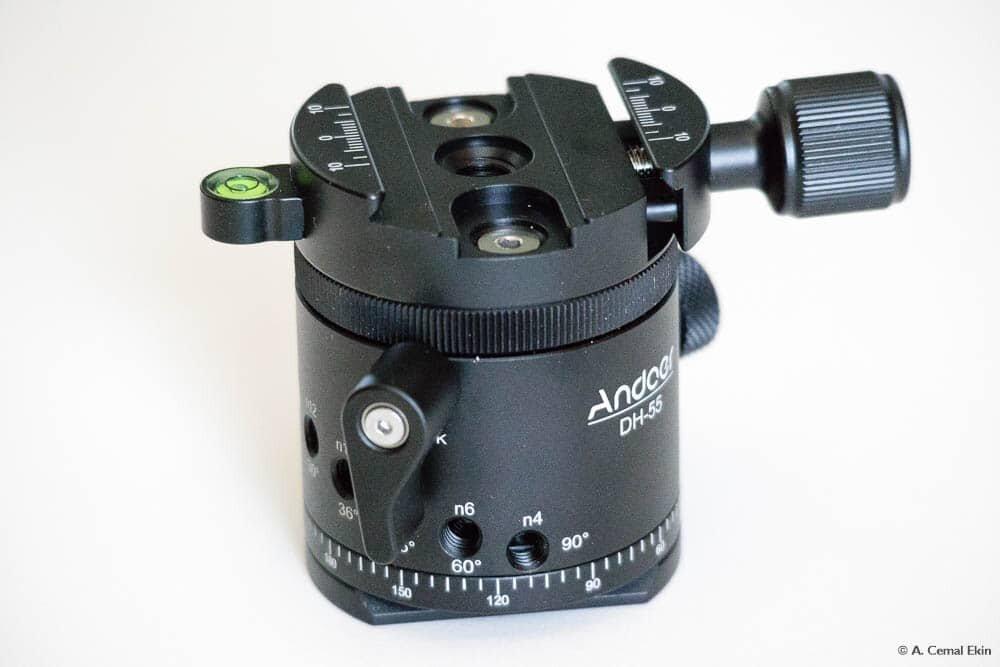 Click-stop fixed angle rotator