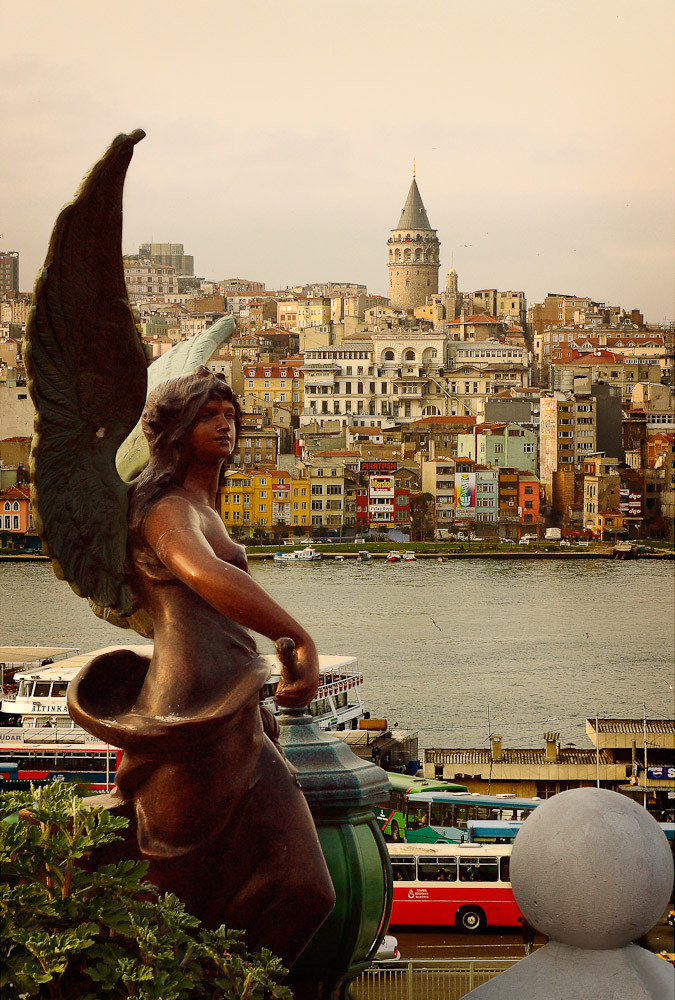 Istanbul Beneath My Wings 2003