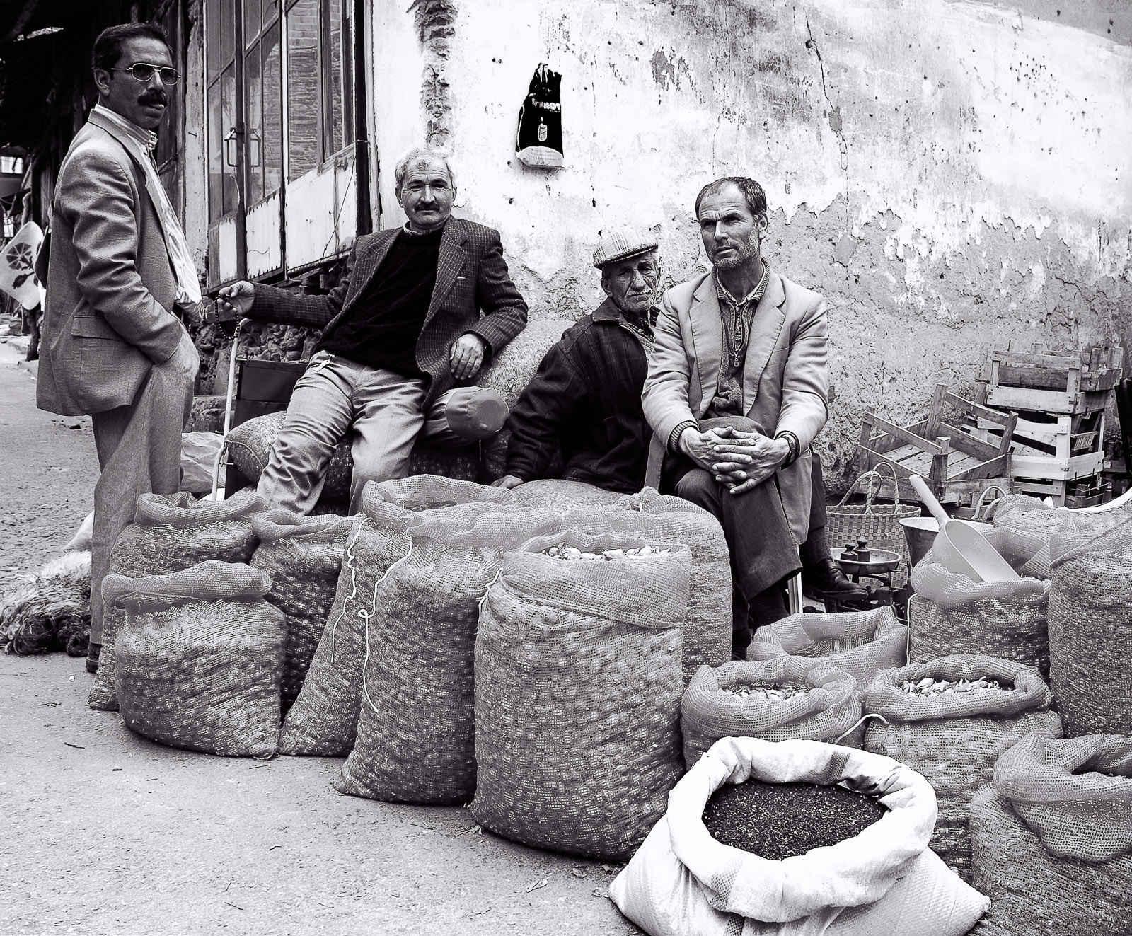 Merchants, Tire