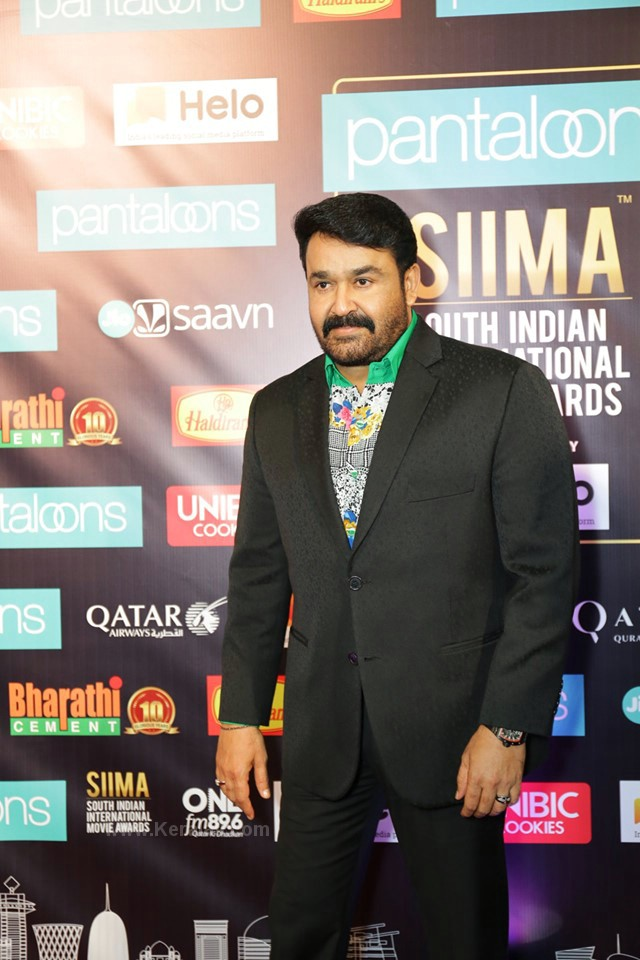 mohanlal at siima film awards 2019 pictures 004
