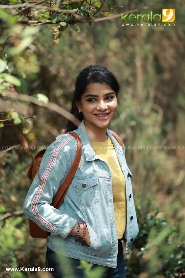 actress Pavithra Lakshmi in ullasam malayalam movie photos 001
