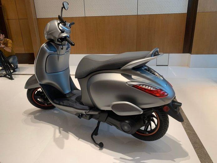 bajaj chetak electric scooter orginal images 008