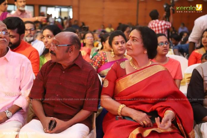 actress mahalakshmi marriage photos 024