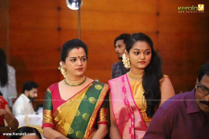 actress mahalakshmi marriage photos