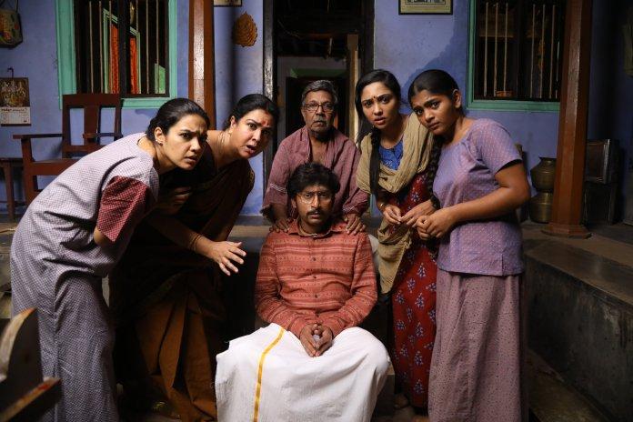 Mookuthi Amman movie stills