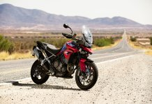 Triumph Tiger 900 photos 1