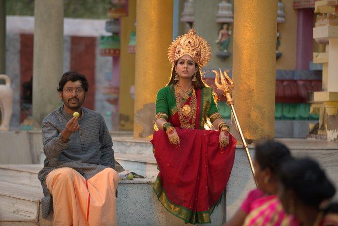 nayanthara in tamil movie Mookuthi Amman photos 001