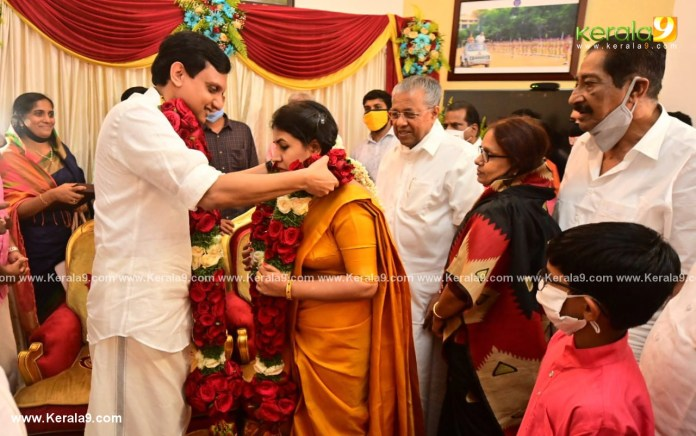pinarayi vijayan daughter Veena Mohammed Riyas wedding photos 003