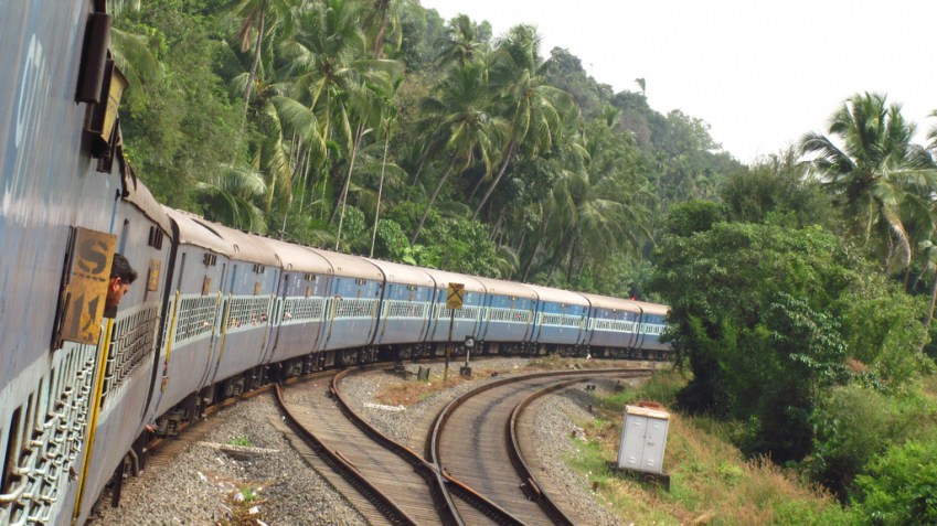 weekly-special-trains-southern-railways2017-palakkad-div