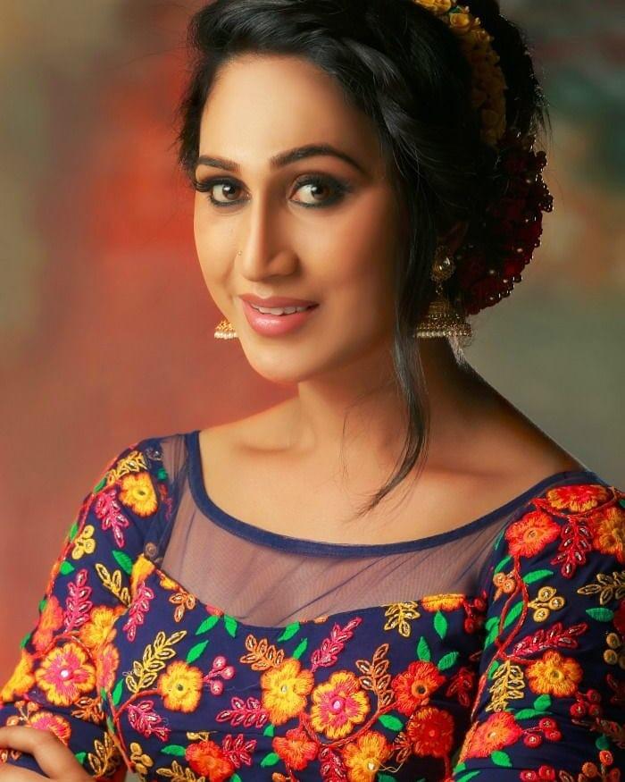 Anjali Ameer - Bigg Boss Malayalam season 1 Contestant