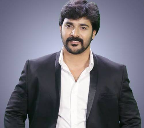 Srinish Aravind - Bigg Boss Malayalam season 1 Contestants