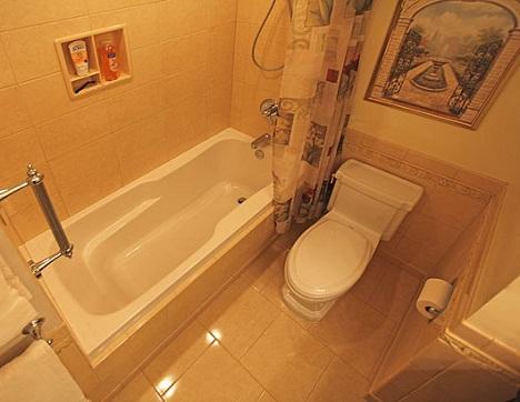 Дизайн маленькой ванной комнаты.