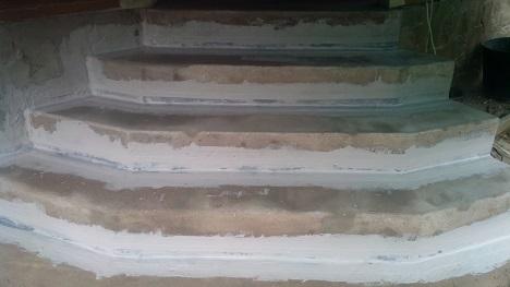 монтаж эластичной ленты на ступени крыльца