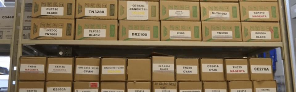 Grand stock de cartouches prêtes à la vente.