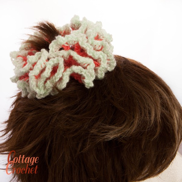coral and pale green scrunchie