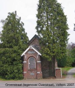 In de Groenstraat ter hoogte van de Overstraat werd als dank voor een genezing een kapel gebouwd ter ere van O.L.Vrouw van Bijstand