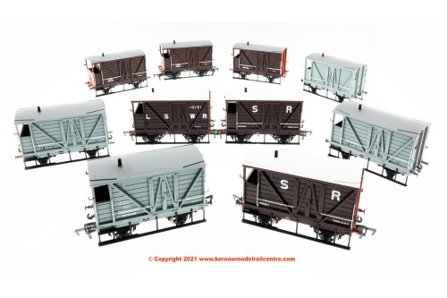 LSWR Road Van Decorated livery samples Image
