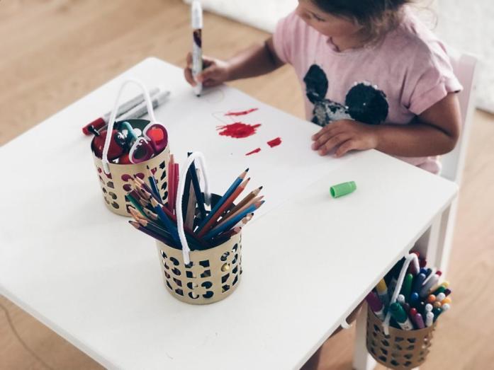 How To_Ikea Hack_Kindertisch_viel Platz zum Malen