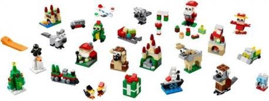 LEGO-Creator-Expert-Winter-Holiday-Train (5)