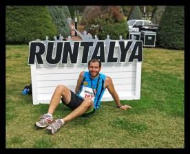 Tam maratonun ardından hakettiği gibi dinlenen dostumuz Burak!