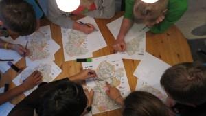 Harita üzerinde rota seçimi oyunları