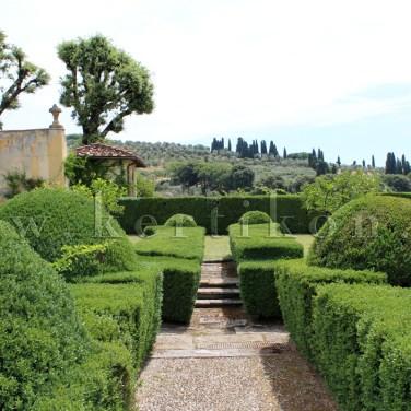 Settignano, Villa Gamberaia: a modern parterre - egy évszázada ez még a kortárs kertépítészet szép példája volt