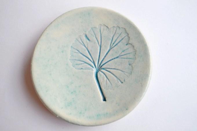 Leaf plate Geranium