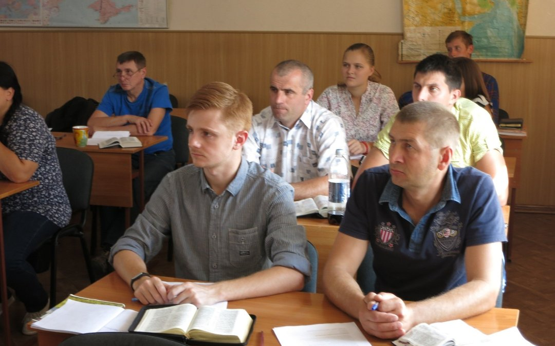 «Летняя осенняя» сессия студентов 2 курса в КЕС
