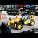 Caterpillar TH360B telehandler review