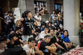 Protests in front of the Ministry of Education (By Lee Kun Han)