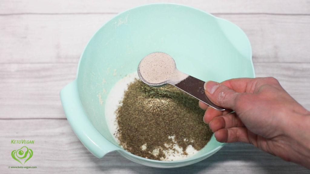 adding psyllium husk powder | www.keto-vegan.com