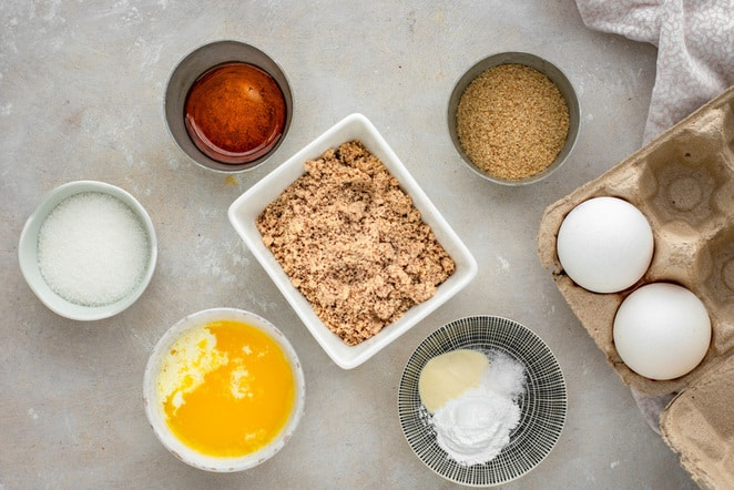 All the needed ingredients for keto donut holes