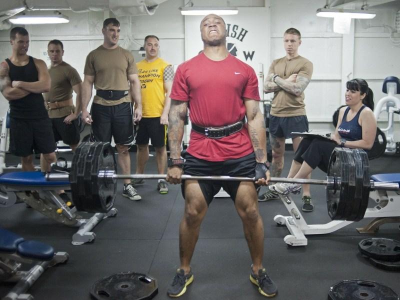 Uusi tutkimus: Ketogeenisen ruokavalion vaikutukset voimaharjoittelua harrastavien miesten kehon koostumukseen, voimaan, tehoon ja hormonaaliseen profiiliin