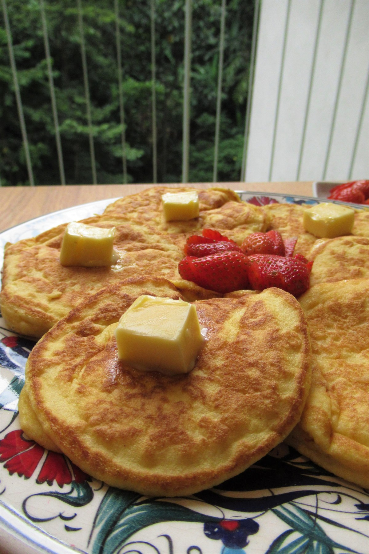 How to make fluffy coconut flour pancakes ketojules a regular pancake eater in those days when i still took carbs but the moment i started keto i panicked how was i going to have pancakes ever again ccuart Gallery
