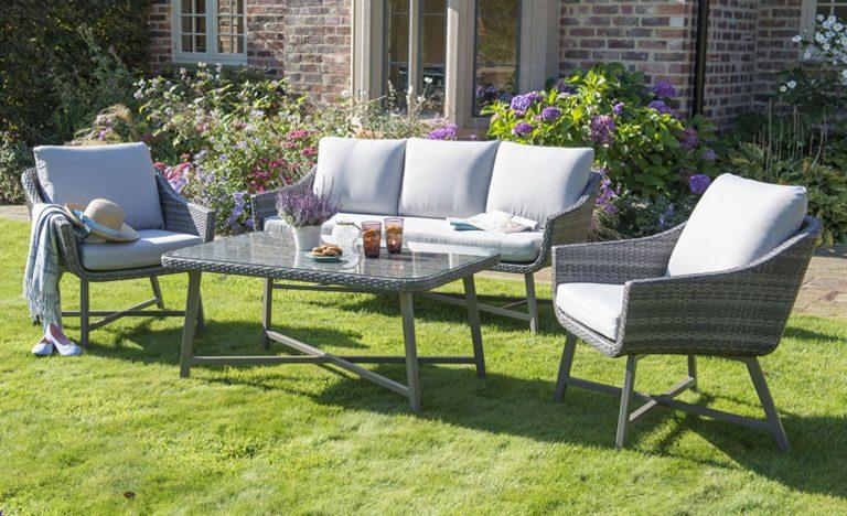 garden furniture buyers guide indoors