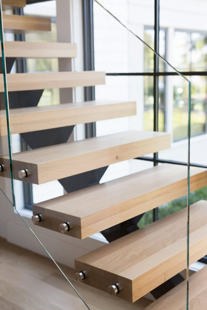 6 Types Of Stair Treads What To Know Before Choosing Various | Oak Steps For Stairs | Wood Floor | Iron Baluster | Rounded | Stained | Closed Tread