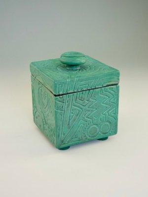 Weenus Box V5 by Kevin Eaton