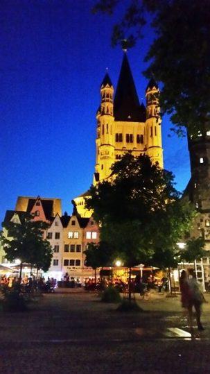 vida noturna em Colônia