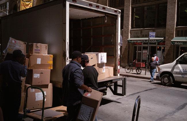 Unloading Boxes