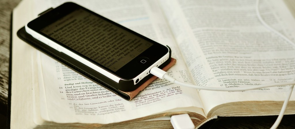 Bible Study Apps Versus Devotional Apps
