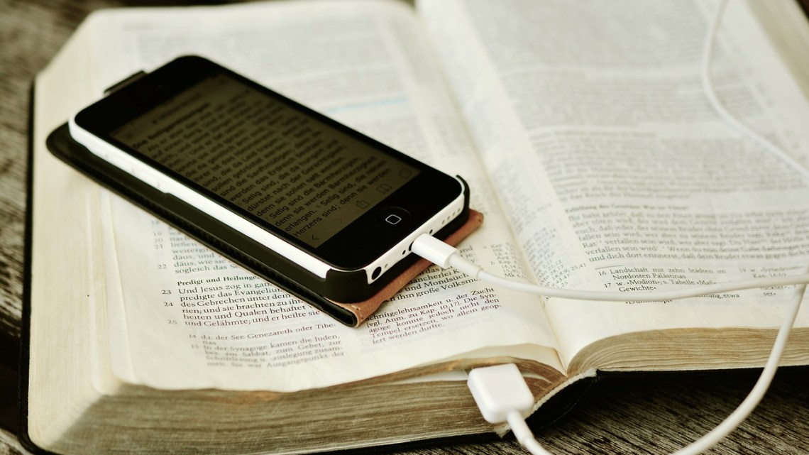 Bible Study Apps Versus Devotional Apps