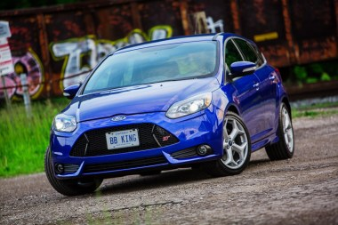 commercial automotive photography ford focus st kevin thom