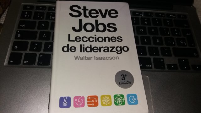 Steve Jobs lecciones de liderazgo - libros recomendados sobre startups